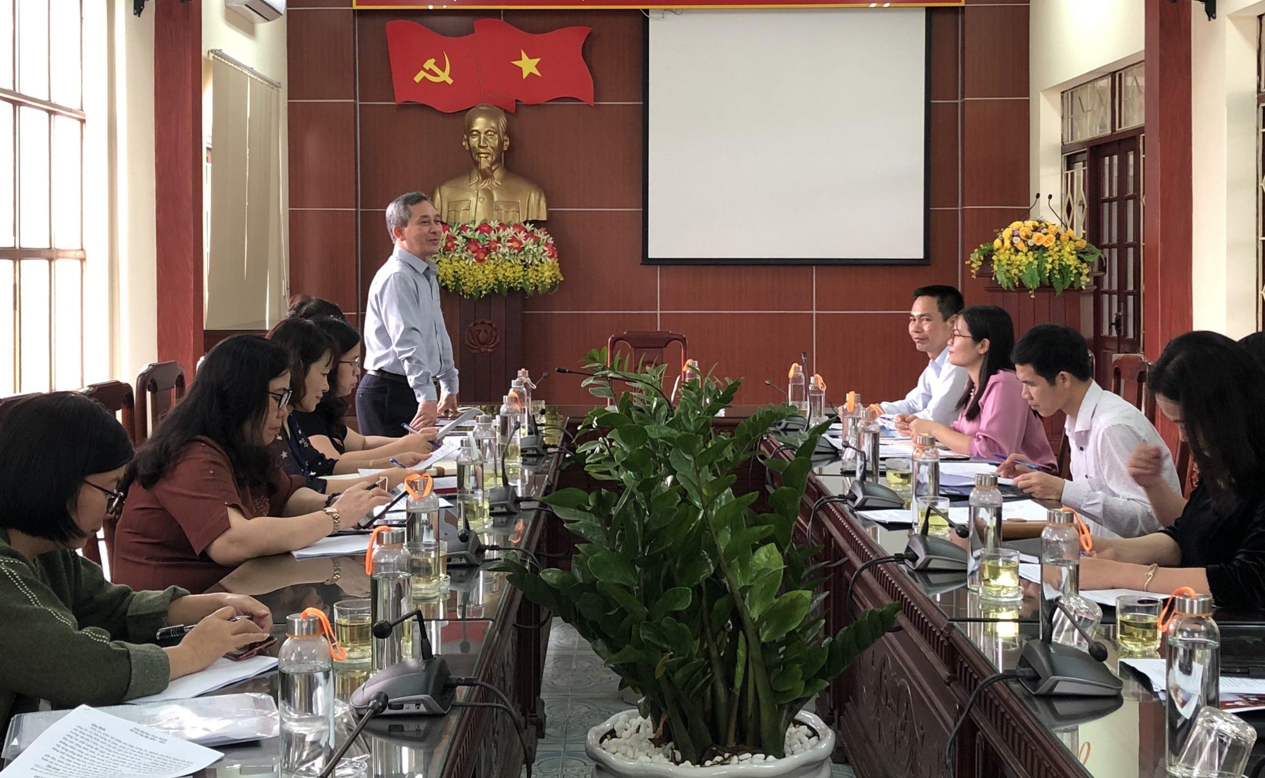 Điều tra, khảo sát đánh giá thực trạng chất lượng hoạt động của đội ngũ cán bộ văn hóa cơ sở và thực trạng xây dựng môi trường văn hóa ở khu vực nông thôn mới tại tỉnh Ninh Bình, Nam Định
