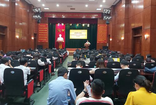Bế giảng Lớp Bồi dưỡng công chức xã, chức danh văn hóa – xã hội lớp 1, lớp 2