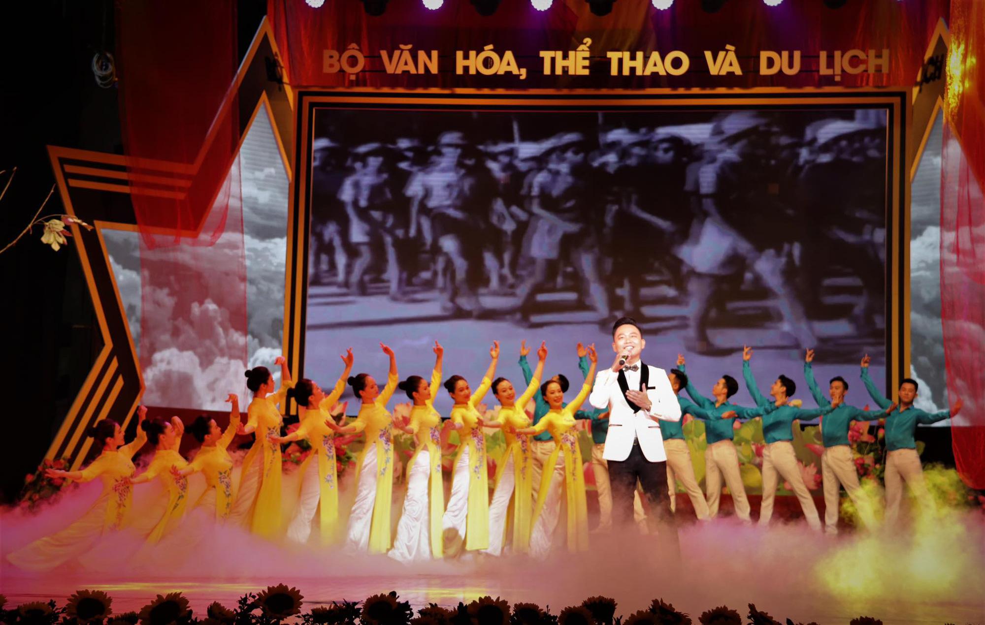 """""""Những mùa thu lịch sử""""- Chương trình nghệ thuật đặc biệt kỷ niệm Cách mạng tháng Tám, Quốc khánh 2/9"""