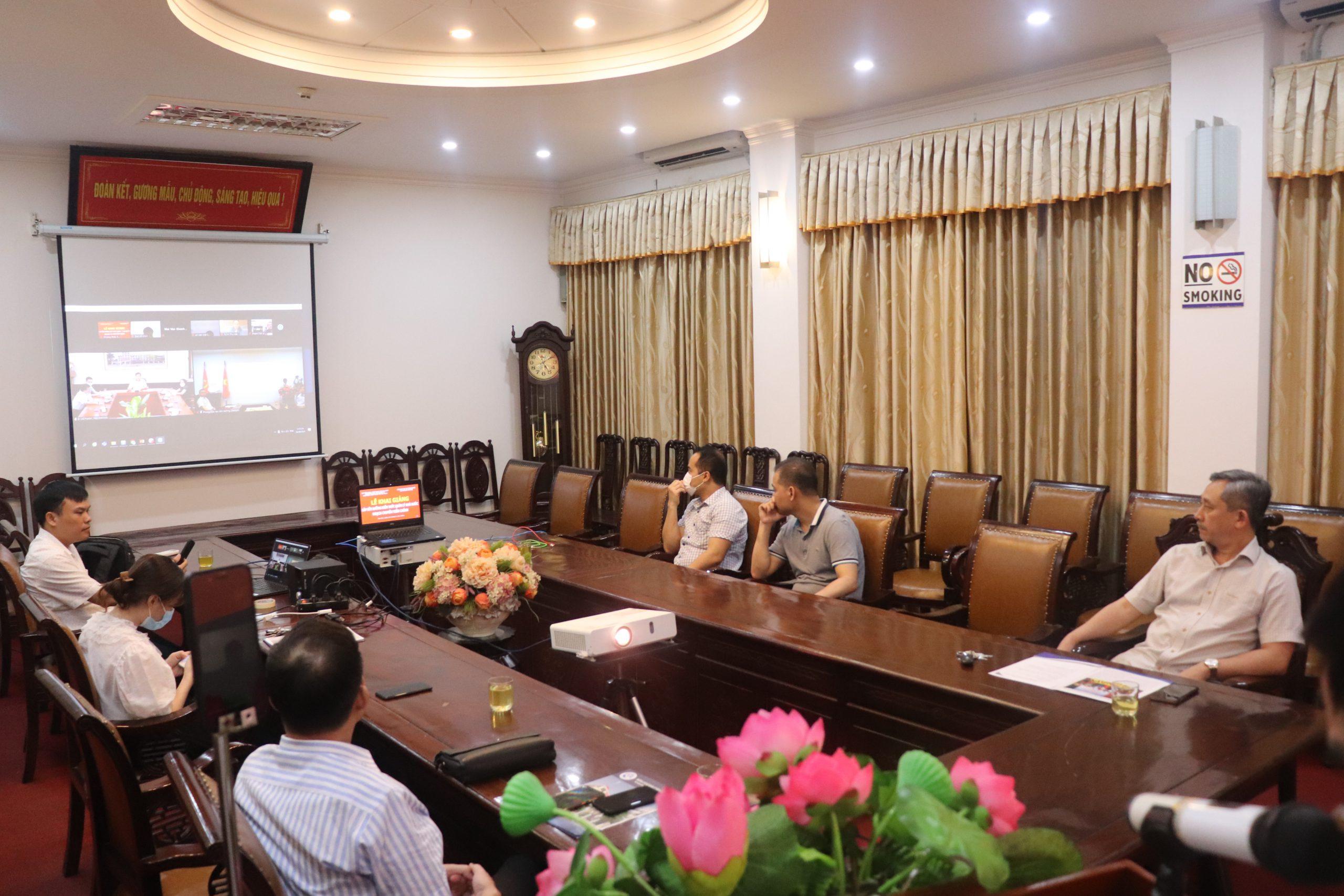 Khai giảng lớp BDKT quản lý nhà nước ngạch Chuyên viên chính tại Cục Sở hữu trí tuệ