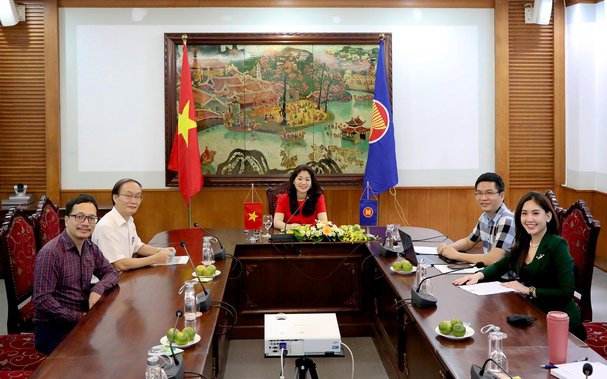 Đẩy mạnh hợp tác văn hóa và thông tin vì sự phát triển bền vững của ASEAN